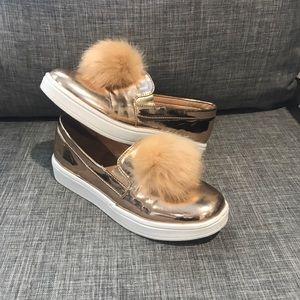 Girls Pom Pom shoes-rose gold
